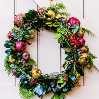 /media/10582/2018-12-13-wreath-square.jpg