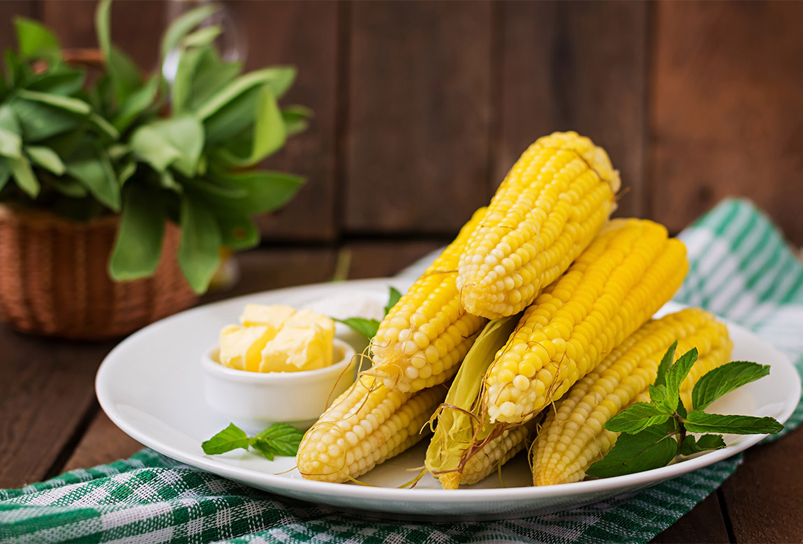 How To Cook Corn On The Cob In The Microwave Oven Practical Parenting Australia
