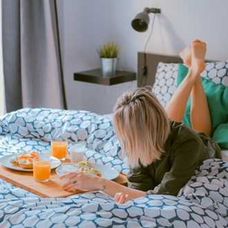 /media/1633/woman-breakfast-bed-square.jpg