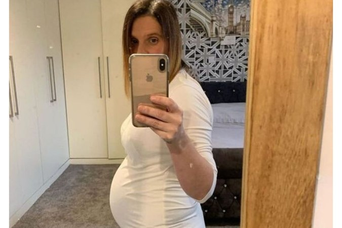 Sue is 25 weeks pregnant with baby 22. Image: Instagram