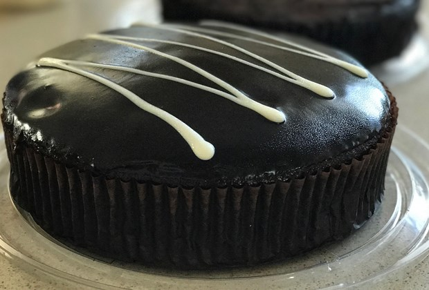 This Is The 440 Coles Cake Hack That Is Breaking The