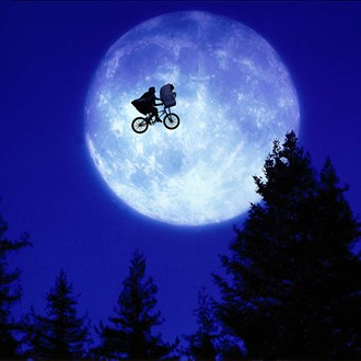 /media/9484/et-the-extra-terrestrial-sqr.jpg